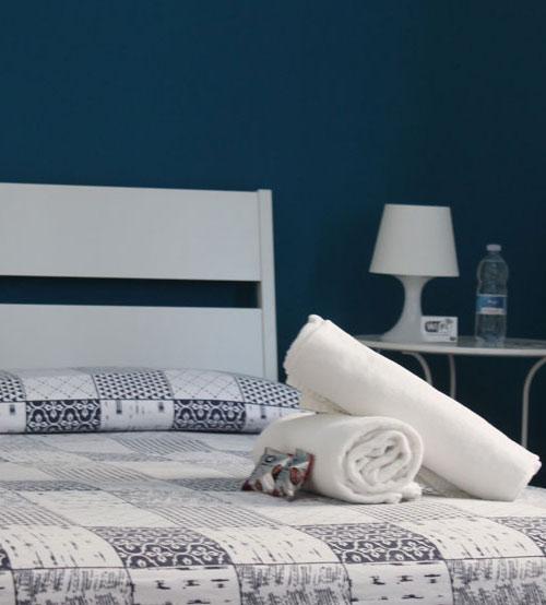 sorcio-camera-da-letto-blu-4